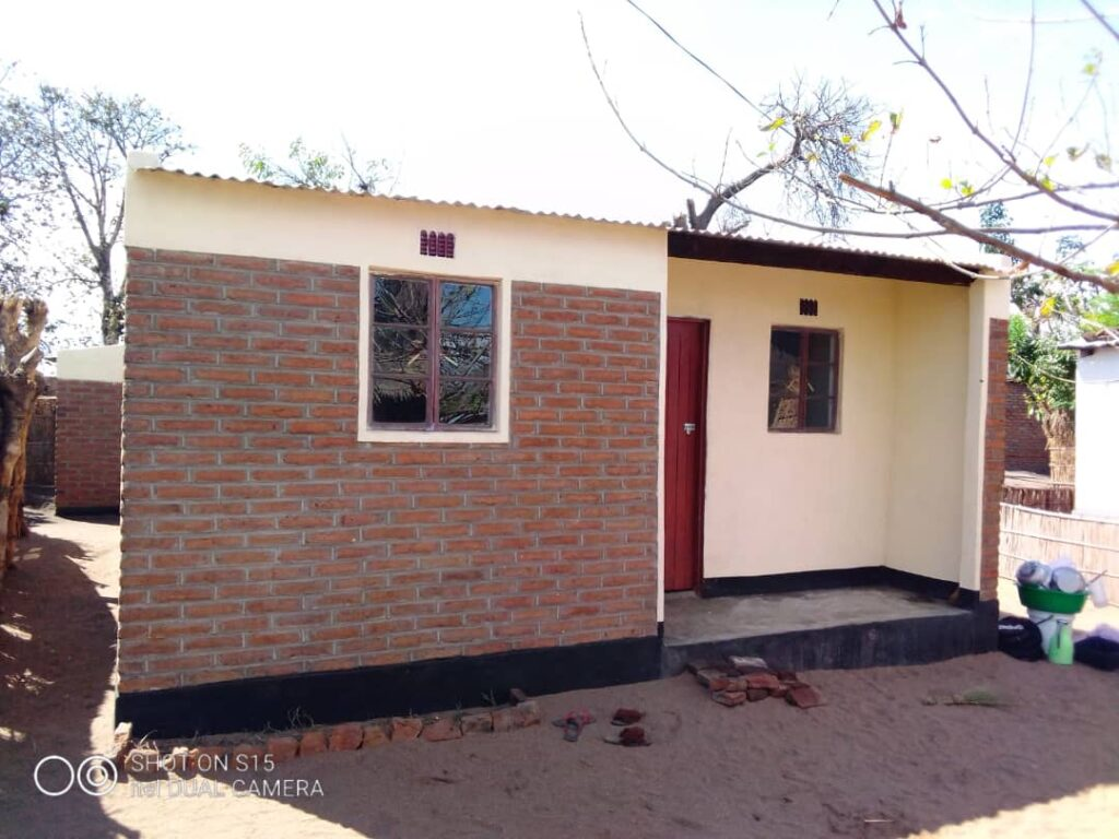 Issa Houses 21 Namwera 8. Rebuilding Houses Rebuilding homes - Malawi Relief Fund UK